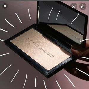 Kevin Aucoin Neosetting Powder